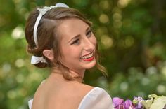 How lovely is this bride?!