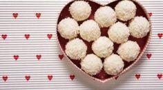 Tam Ölçülü Raffaello Tarifi Zucchini, Cocoa, Vegetarian Recipes, Muffin, Food And Drink, Tasty, Breakfast, Cake, Slipcovers
