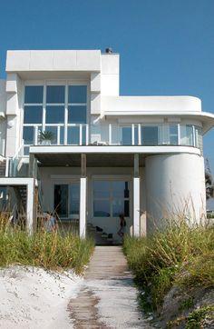 Pensacola-Beach:-Ariola-Drive-Art-Deco-House