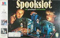 Spookslot. Met licht gevend spookje (blacklight). Ik ken het wel, ik had het spel zelf niet.