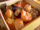 I've been craving some Cioppino lately and this recipe from Giada De Laurentiis and @Food Network is perfect! Serves: 6. Total Time: 1.5 hours (I know, but it's SO worth it!).