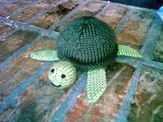 tiny knit sea turtle -
