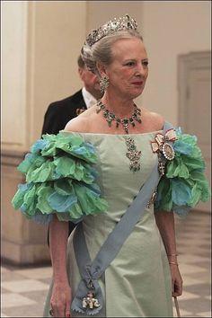 Denmark Royal Family, Danish Royal Family, Princess Mary, Prince And Princess, Paula Ordovás, Royal Families Of Europe, Queen Margrethe Ii, Danish Royalty, Queen Dress
