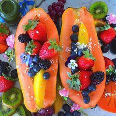 Mid afternoon snack of a antioxidant wheatgrass shot and fruit filled papaya! #cleaneating #dessert #delicious #sflx  #eatrealfood #fit #superfood #fruit #glutenfree #healthy #love #nutrition #organic #paleo #plantbased #rawvegan #smoothie #vegan #superfood #fitnessmodel #veganfoodshare #veganathlete #vegansofig #kitchenbowl  #healthtreatsfeature #bestofvegan #petitejoys #livethelittlethings #dscolor