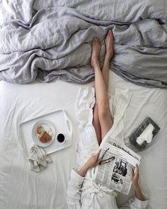 fashion, grey, and morning imageの画像