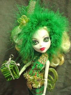 christmas-present-ooak-monster-high-doll-handmade-custom-doll-repaint
