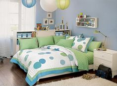 Blue and Green Colors Decoration in Teenage Girls Bedroom