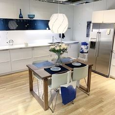 Brighten up the kitchen with summer's coolest color combo- white & indigo. The Jarsta blue black contrasts with Ringhult high gloss white. Ikea Kitchens, Kitchen Planner, High Gloss, Color Combos, Beautiful Homes, Indigo, Kitchen Design, Contrast, Interiors