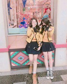 Picture Of Ullzang(Eul Jjang) Mode Ulzzang, Ulzzang Korean Girl, Ulzzang Couple, Korean Best Friends, Girls Best Friend, Girl Korea, Girl Couple, Cute Korean, Korean Couple