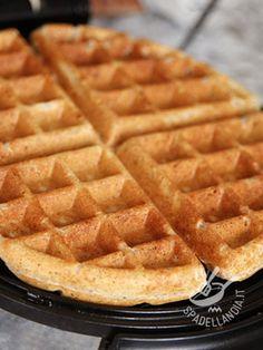 Dough Vegan Waffles without butter without eggs - L'Impasto per Waffels senza burro senza uova Vegan è ottimo per una alimentazione priva di prodotti animali o semplicemente volete restare leggeri.