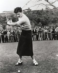 Katherine Hepburn - skirt is like the knitted sport skirt in my 30's knitting book