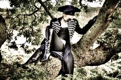 Ooooh - I wanna do a photo shoot like this! I'm The Dandy Highwayman Ii by Matthew Stainer Brotherhood Of The Wolf, Werewolf Hunter, Stand And Deliver, Camera World, Halloween Party Themes, Monster Hunter, Steampunk Fashion, Dandy, Digital Camera