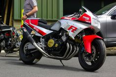 First generation Yamaha FZ750 (1985) with tasteful and effective upgrades. Pipe is a work of art.