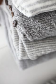 Grey and white textiles. Gray Aesthetic, Touch Of Gray, Gray Matters, Textiles, Fifty Shades Of Grey, Warm And Cozy, Cozy Winter, Hygge, Color Inspiration