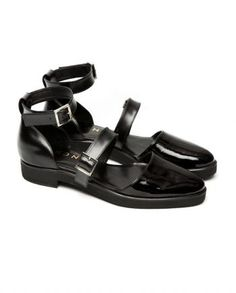 These statement sandals feature ankle straps, a comfortably low heel and oh-so-soft leather.