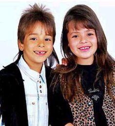 Sandy diva desde bebêêêê! Ela nasceu em Campinas, é filha de um dos cantores sertanejos mais bem sucedidos do Brasil (Xororó) com Noely, e, desde pequenininha, está nos holofotes! Quando ela tinha 6 anos, ela se apresentou com o irmão Júnior em 1989. A dupla foi sucesso absoluto e durou 17 anos (sim! dezessete!). Hoje, …