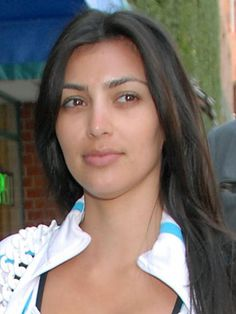 Guess who? Its Kim Kardashian with no makeup on.