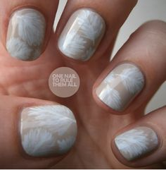 This feather nail art looks light and pretty, and it's simple to achieve, too. One Nail to Rule Them All paints the delicate white feathers on a nude base with a small paintbrush and finishes with a topcoat. Fancy Nails, Love Nails, Diy Nails, How To Do Nails, Nail Art Designs, White Nail Designs, Nails Design, Nail Art Pena, Feather Nail Art