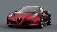 Alfa Romeo 4C, con caratteristiche nuove, immortalata su strada