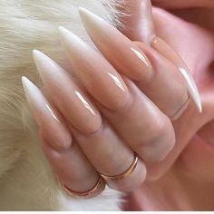 **** not my nails **** & laquennailbar Nail Swag, Hot Nails, Hair And Nails, Laque Nail Bar, Almond Acrylic Nails, Long Almond Nails, Claw Nails, Nail Candy, Nagel Gel