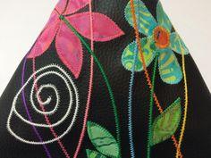Buchstütze-Lesekissen-iPadkissen von Sewing Love auf DaWanda.com