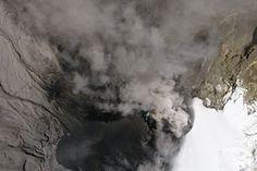 Simmering Eruption of Nevado Del Ruiz : Natural Hazards : NASA Earth Observatory