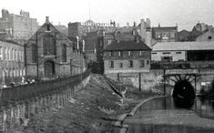 Islington Tunnel West Portal 1937 Regents Canal, City Road, London Pictures, New West, Canal Boat, Property Development, Industrial Revolution, Local History