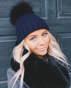 USA Blogger Babe Lauren Kawano wears our navy hat with black pom!