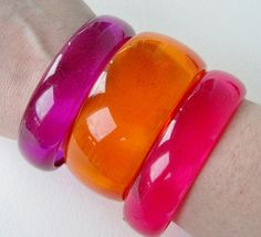 Vintage 80s Mod Retro Clear Transparent Translucent Hard Plastic Bright Purple Bangle