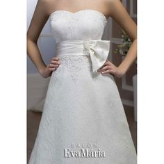Svadobné krajkované šaty s mašľou Vesta Bobs, Haircuts, Salons, Formal Dresses, Fashion, Dresses For Formal, Moda, Lounges, Formal Gowns