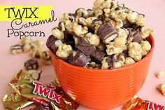 Twix Caramel Popcorn from Six Sisters' Stuff is perfect for movie night!