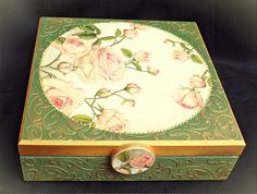 Vintage decoupage box roses green