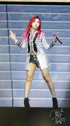 Sexy Minzy 2ne1 Minzy, 2ne1 Dara, Cl 2ne1, Kpop Girl Groups, Korean Girl Groups, Kpop Girls, Cl Fashion, Fashion Show, Stage Outfits