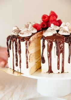 5 Mistakes to Avoid When Making, Assembling, and Baking Layer Cakes.  When made and assembled properly, layer cakes are a stunning and totally impressive dessert – which is exactly what can make them seem kind of intimidating to make. It's easier than you think, though, when you know the major pitfalls to avoid! Try these baking and decorating tips on for size and your next layer cake will be a huge success!