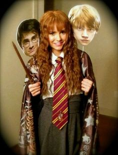 Nina Dobrev (TVD) as Harry, Hermoine and Ron under the invisibility cloak