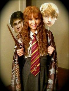 Nina Dobrev (TVD) as Harry, Hermoine and Ron under the invisibility cloak