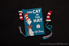 Dr. Seuss Inspired Cat in the Hat Bookmarks FREE crochet pattern.  Wouldn't it be fun to make these for the grandchildren's class' for when they celebrate Dr. Seuss's birthday?!?!