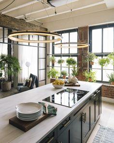 Stylish Kitchen Window Designs Not to Ignore - The Architecture Designs Modern Kitchen Design, Interior Design Kitchen, Home Design, Kitchen Decor, Stylish Kitchen, Kitchen Designs, Loft Kitchen, Design Ideas, Kitchen Storage