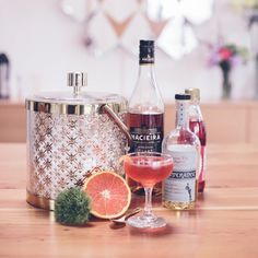 How to Choose Your Signature Cocktail – Recipes from Oregon Bartending Service Mint and Mirth | Photo by: Myles Katherine