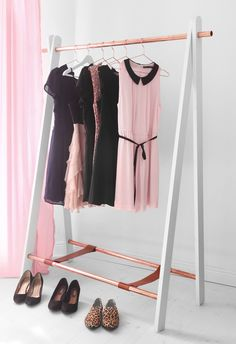 Easy to do- clothing rack