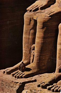 :::: ♡ ♤ ✿⊱╮☼ ☾ PINTEREST.COM christiancross ☀❤•♥•*[†]⁂ ⦿ ⥾ ⦿ ⁂  ::::Abu Simbel Egypt