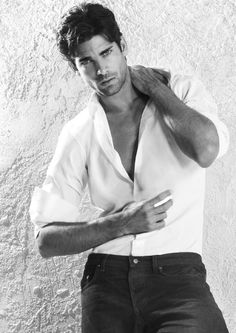 Stats: Height: / cm Chest: 38 Waist: / cm Hips:n/a Shoes: Hair colour: Black Hair . Ricardo Baldin, Beautiful Men, Beautiful People, Pretty Men, Little Bit, Handsome Faces, Book Boyfriends, Attractive Men, Good Looking Men