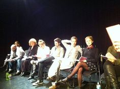 Lee Arenberg, Beverly Elliott, Jennifer Morrison, Colin O'Donoghue, Michael Raymond-James and Rose McIver in Vancouver acting school reading the play The Importance of Being Earnest Once Cast, It Cast, Captain Swan, Captain Hook, Best Tv Shows, Best Shows Ever, Michael Raymond James, I Love Snow, Outlaw Queen