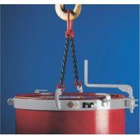 Pega tambor  Uso de pega tambor para transportar tambores industriais  O pega tambor é um equipamento que facilita o transporte de tambores revestido em metal, tendo o ajuste de forma simples e por meio de uma alavanca.