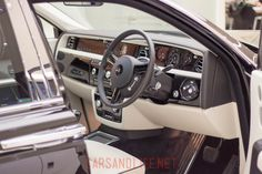 Rolls-Royce Phantom Interior HR Owen London