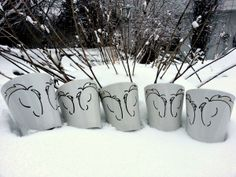 Horses playing in the snow (Double Horse Head Mugs) Line Design, Design Art, Z Arts, Beautiful Lines, Horse Head, Design Inspiration, Hand Painted, Snow, Horses