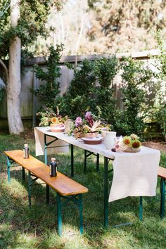 Healthy thanksgiving picnic with a cozy runner, fall flora, and more | Camille Styles