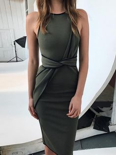 94eeca458e6 Shop Contrast Binding Twisted Front Dress – Discover sexy women fashion at  IVRose
