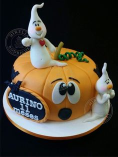 Bolo Halloween Pasteles Halloween, Bolo Halloween, Halloween Desserts, Halloween Food For Party, Halloween Cupcakes, Halloween Treats, Cupcake Party, Cupcake Cakes, Girly Birthday Cakes