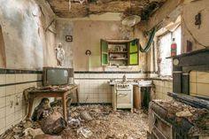 BELGIUM   A vacant Belgian house   photo by Romain Veillon